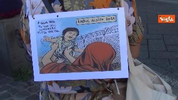 11 - Manifestazione a sostegno delle donne afghane a Napoli, le immagini