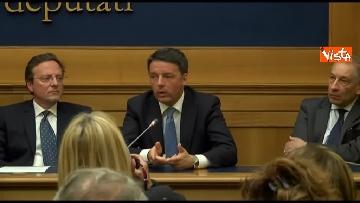 4 - Tragedia Erasmus Spagna, Renzi e Boschi  in conferenza con familiari vittime, immagini
