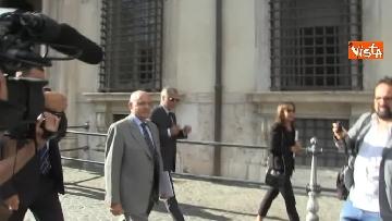 6 - Salvini, Costa e Savona lasciano Palazzo Chigi dopo il Consiglio dei Ministri