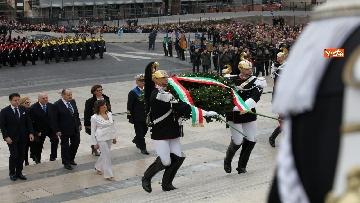 5 - Casellati e Conte depongono corona di fiori all'Altare della Patria per anniversario Unità d'Italia