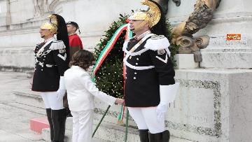 8 - Casellati e Conte depongono corona di fiori all'Altare della Patria per anniversario Unità d'Italia