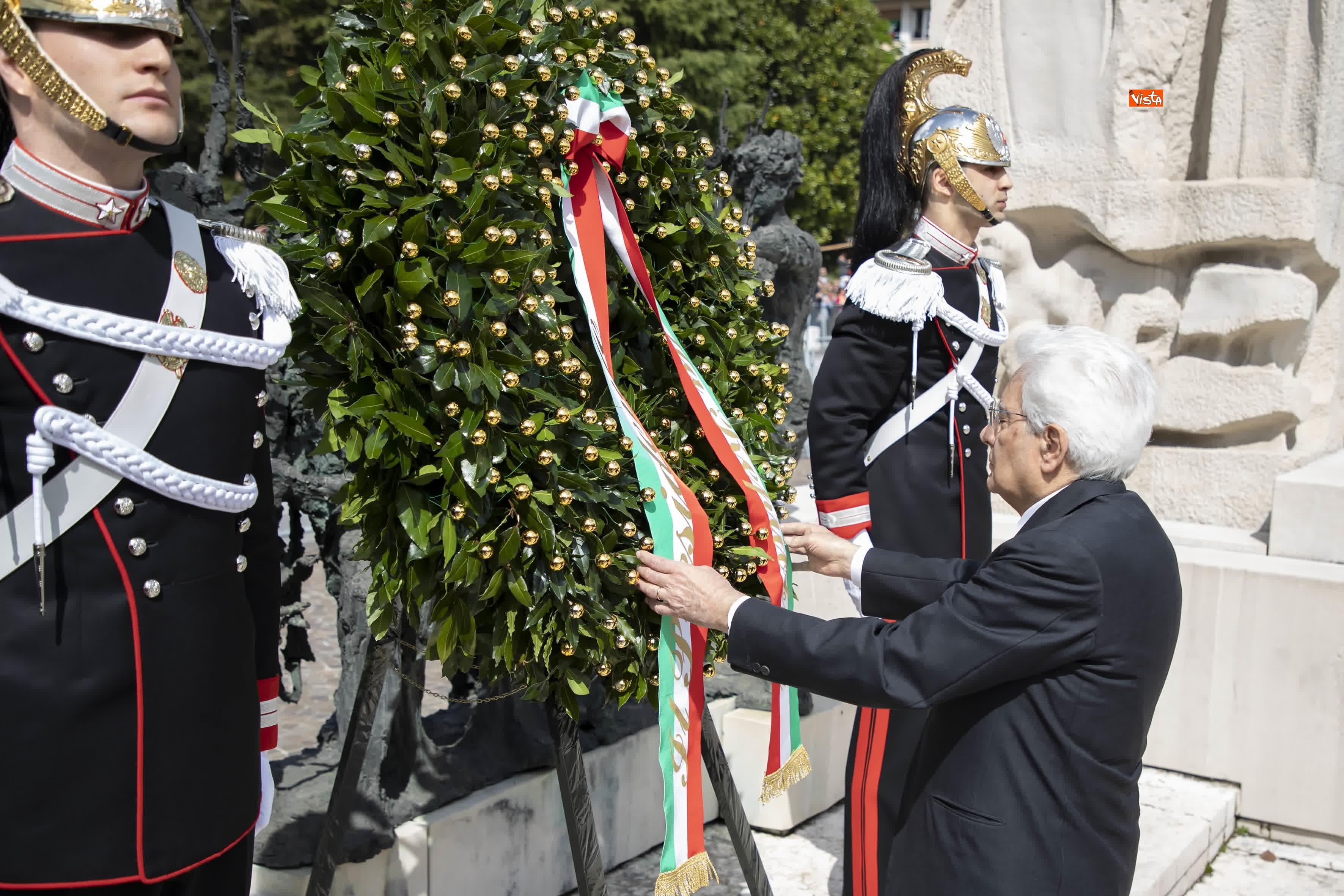 25-04-19 Il Presidente Mattarella assiste alla Cerimonia dell alzabandiera a Vittorio Veneto_06