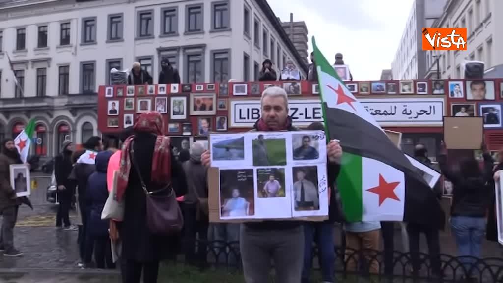 13-03-19 L'autobus della Liberta a Bruxelles, in cerca della verita sugli scomparsi in Siria_06