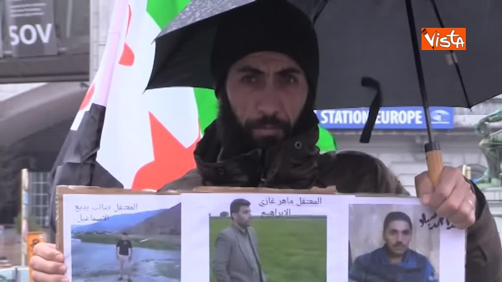 13-03-19 L'autobus della Liberta a Bruxelles, in cerca della verita sugli scomparsi in Siria_08