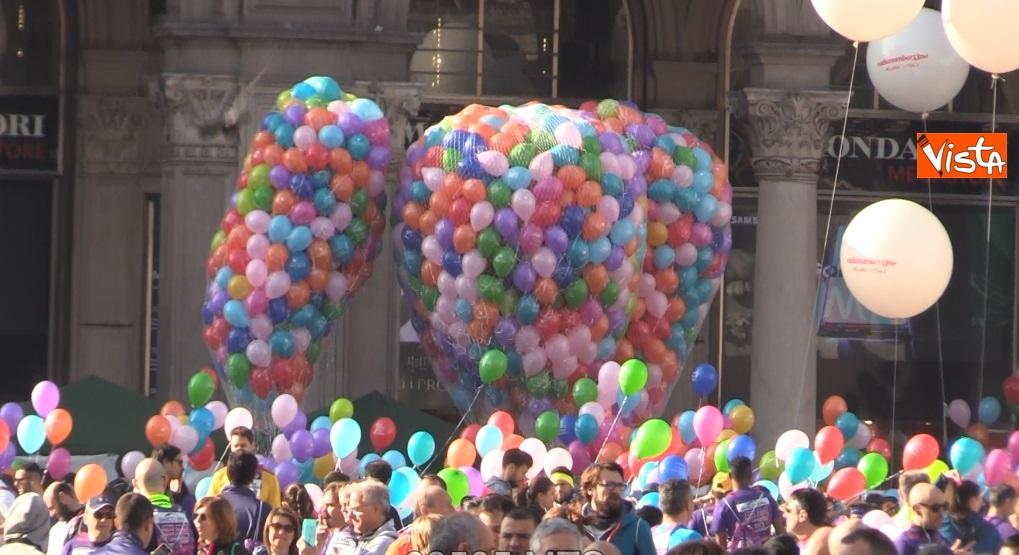 Stramilano, palloncini in Duomo