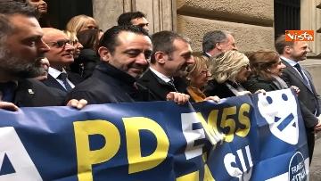8 - Protesta FdI a Montecitorio sul mancato insediamento commissioni d'inchiesta su banche e Forteto