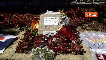 """1 - Borsellino, commemorazione nei giardini a Milano: """"Il fresco profumo di libertà"""", le immagini"""