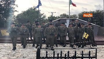 11 - Preparativi a Cefalonia per accogliere Mattarella al monumento ai caduti italiani della brigata Aqui