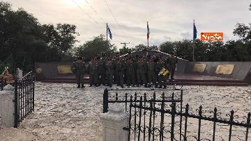 10 - Preparativi a Cefalonia per accogliere Mattarella al monumento ai caduti italiani della brigata Aqui