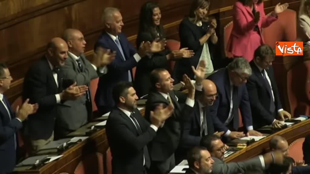 11-09-19 Tutte le bagarre al Senato il giorno della fiducia al Governo Conte 01_Lehisti urlano Elezioni