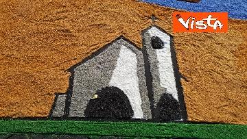 7 - San Pietro e Paolo, tappeto di colori a Via della Conciliazione per la tradizionale infiorata