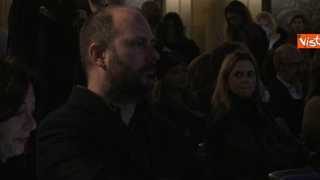 Vespa, Scrosati e Le Iene premiati da The New's Room, il primo bimestrale italiano fatto da Under 35_08
