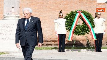5 - Mattarella depone corona d'alloro a Porta San Paolo per anniversario difesa di Roma 8 settembre