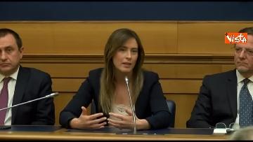 1 - Tragedia Erasmus Spagna, Renzi e Boschi  in conferenza con familiari vittime, immagini