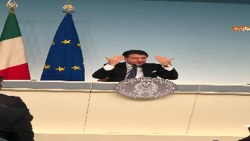9 - Tav, Conte in conferenza stampa a Palazzo Chigi, immagini