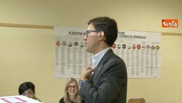 6 - Comunali Firenze, il voto del candidato sindaco Nardella
