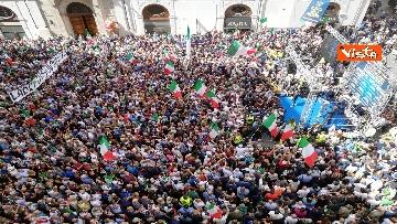 3 - La manifestazione in piazza Montecitorio contro il nuovo Governo