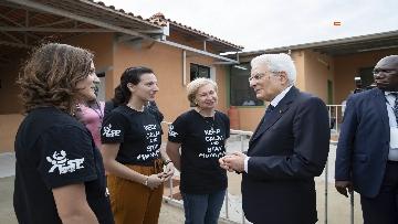 7 - Mattarella in Angola visita l'Ospedale Divina Provvidenza