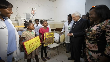 5 - Mattarella in Angola visita l'Ospedale Divina Provvidenza
