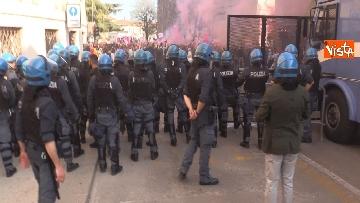 5 - Manifestazione femminista a Verona, in 20mila in corteo
