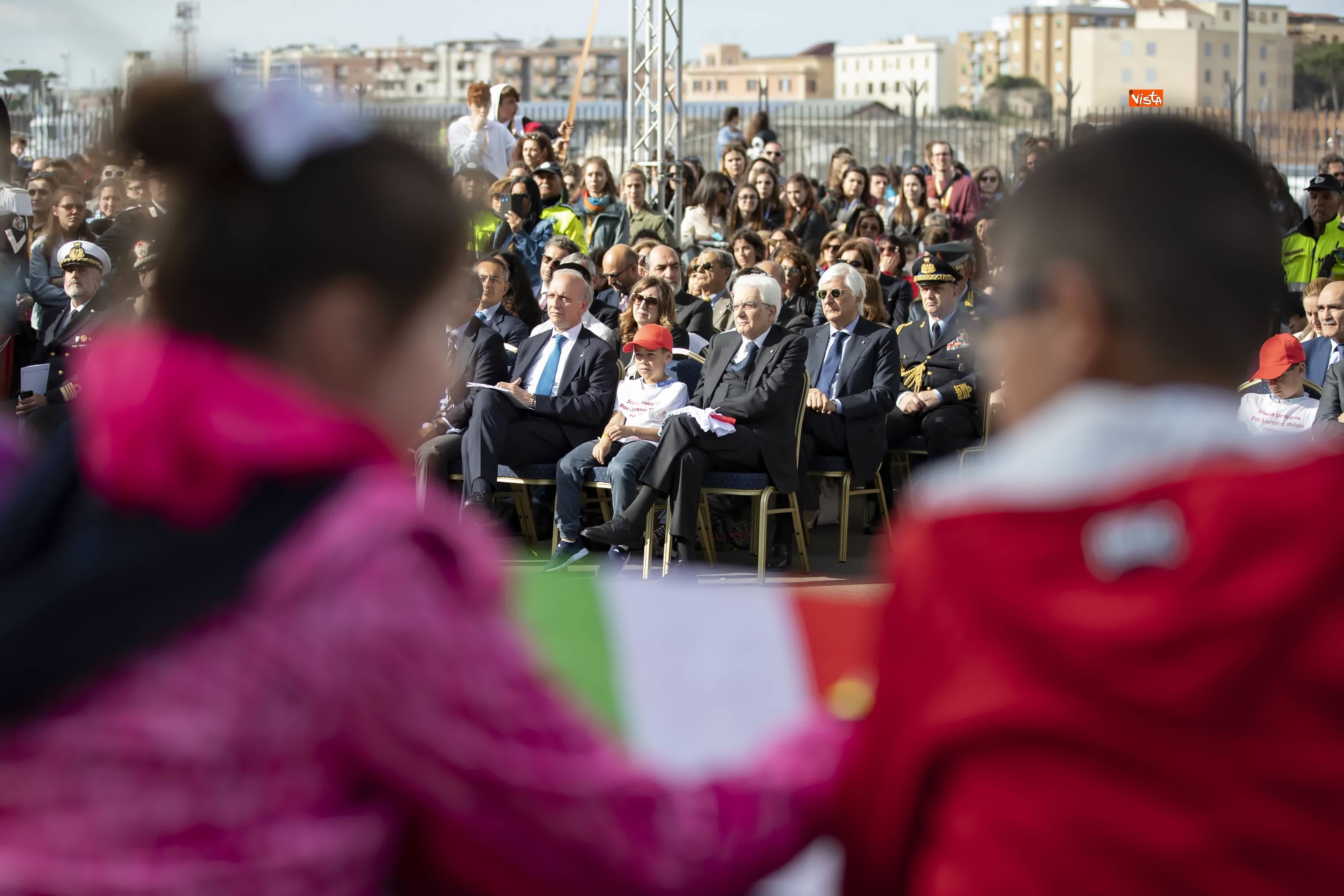 22-05-19 Il presidente Mattarella all'inaugurazione della nave della legalita