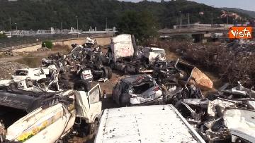 16 - Ponte Morandi, il cimitero delle auto coinvolte nel crollo