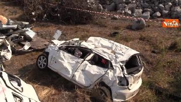 15 - Ponte Morandi, il cimitero delle auto coinvolte nel crollo