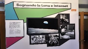 24 - 'Dreamers. 1968' Le immagini della mostra organizzata dall'AGI