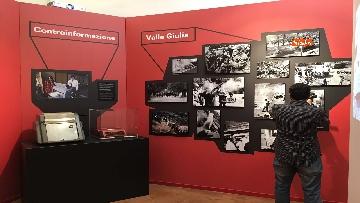 18 - 'Dreamers. 1968' Le immagini della mostra organizzata dall'AGI