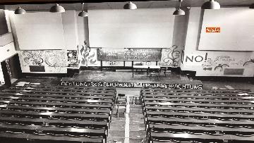 22 - 'Dreamers. 1968' Le immagini della mostra organizzata dall'AGI