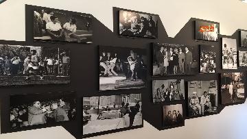 15 - 'Dreamers. 1968' Le immagini della mostra organizzata dall'AGI