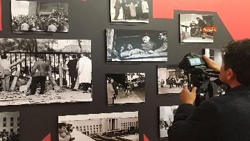 21 - 'Dreamers. 1968' Le immagini della mostra organizzata dall'AGI