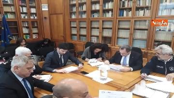 2 - Coronavirus, si riunisce la task force al Ministero della Salute
