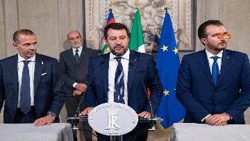 3 - Mattarella accoglie la delegazione della Lega guidata da Salvini