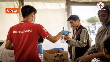 1 - I profughi afghani accolti nel centro della Croce Rossa di Avezzano