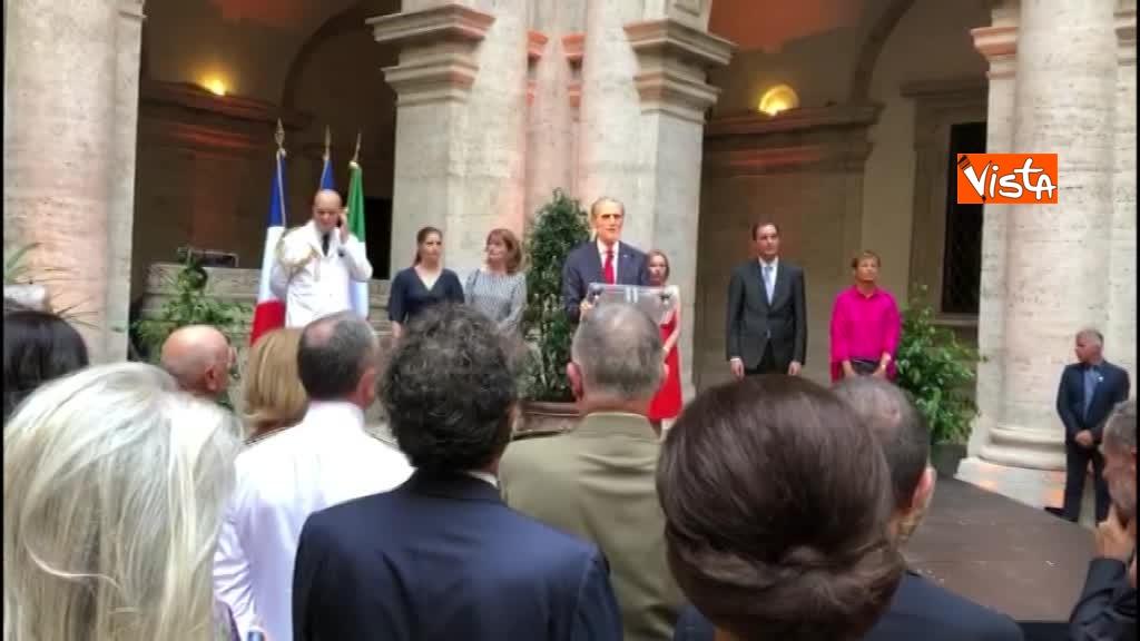 14-07-18 14 Luglio all'Ambasciata francese, nel cortile risuona l'Inno di Mameli_03