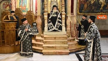 4 - Pasqua ortodossa, il rito del fuoco sacro al Santo Sepolcro di Gerusalemme