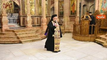 5 - Pasqua ortodossa, il rito del fuoco sacro al Santo Sepolcro di Gerusalemme