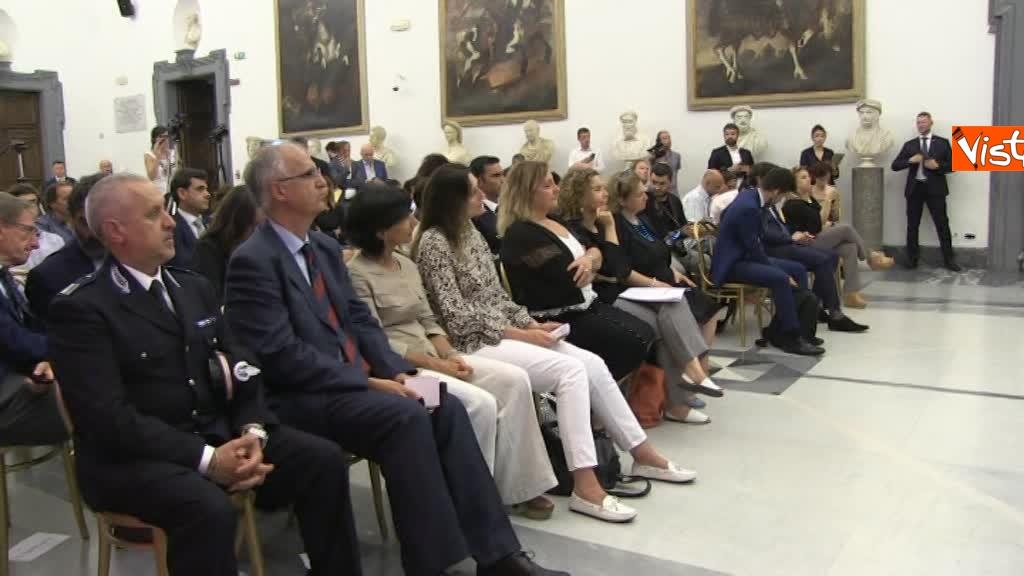 07-08-18 Bonafede e Raggi a presentazione progetto riabilitazione detenuti a Roma 1