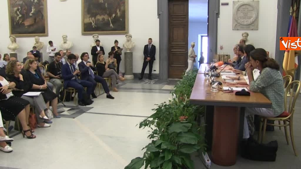 07-08-18 Bonafede e Raggi a presentazione progetto riabilitazione detenuti a Roma 4