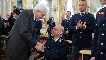 12 - Mattarella incontra rappresentanza Polizia di Stato al Quirinale