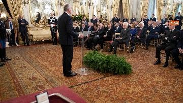 6 - Mattarella incontra rappresentanza Polizia di Stato al Quirinale