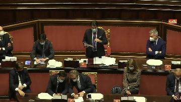 2 - Conte in Aula Senato riferisce su emergenza coronavirus, immagini