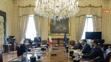 2 - Consultazioni, Draghi incontra Salvini. Con lui i capigruppo Romeo e Molinari