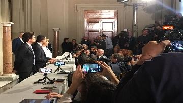 3 - Di Maio guida la delegazione M5s al Quirinale con Toninelli e Giulia Grillo