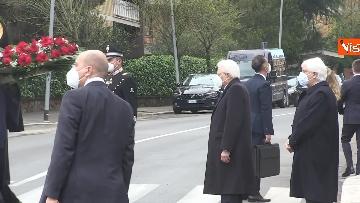 3 - Rapimento Moro, Mattarella rende omaggio alla lapide di Via Fani. Le immagini