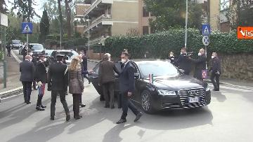 11 - Rapimento Moro, Mattarella rende omaggio alla lapide di Via Fani. Le immagini