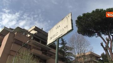 2 - Rapimento Moro, Mattarella rende omaggio alla lapide di Via Fani. Le immagini