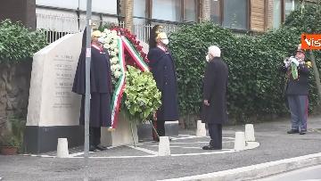 9 - Rapimento Moro, Mattarella rende omaggio alla lapide di Via Fani. Le immagini