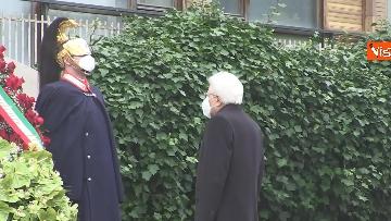 6 - Rapimento Moro, Mattarella rende omaggio alla lapide di Via Fani. Le immagini